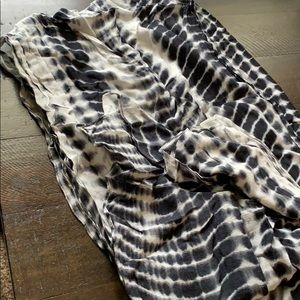 Black and white tie dye scarf-never worn